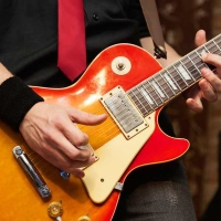 How to Play Guitar Like a Pro | 10 Tips for Mastery