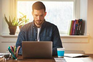 online business - entrepreneur working at a laptop computer